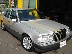 Mercedes-Benz 400SE